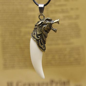 Cool Bronze Wolf Teeth Design Lovely gifts Necklace trendy jewelry For Couples Animal Wolf Head Pendant necklace drop shipping