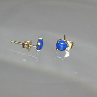 Tiny Natural Lapis Lazuli Ohrrings Studs Earrings Set in 14Kt Gold Filled or Sterling Silver Stud Post 4mm Earrings
