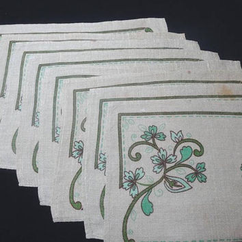 1970s Vintage Set of 8 Linen Place Mats with Green Tones Print on Natural Background, 16.5 x 11.5 Inches, Vintage Table Linens, Home Decor