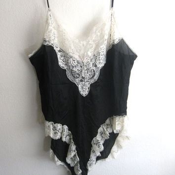 Vintage Black and White Lace Teddy Size XL