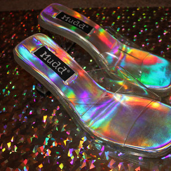 90 mudd holographic/iridescent clear pvc sandal