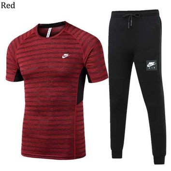 NIKE 2018 spring and summer men's outdoor sports running short-sleeved sportswear two-piece Red