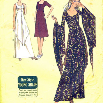Hostess Dress Pattern - Maxi Or Knee Length - Sleeveless Short Or Long Flared Sleeves - 1970's Vintage Sewing Pattern Style 3267