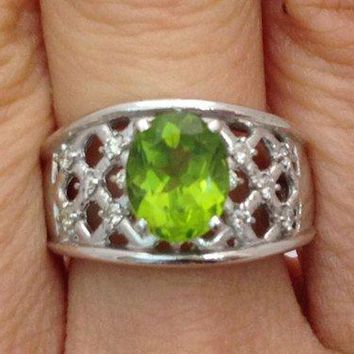 Luxinelle 2.10 Carat Peridot Ring with Round Diamonds - 14K White Gold Lattice by Luxinelle® Jewelry