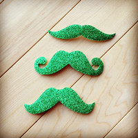 25 -Adhesive Green Glitter St Patricks Day Die Cut Foam Mustache Stickers, Holiday Family Photo Booth Props Leprechaun Moustache