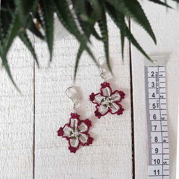 Boho Flower Earrings, Crochet Earrings, Beaded Earrings, Dangle Oya Earrings, Crochet Jewelry, Burgundy Earrings, Women's Gift