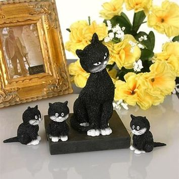 Momma Cat with Her Three Kittens in a Row L'Alignement by Dubout 4H
