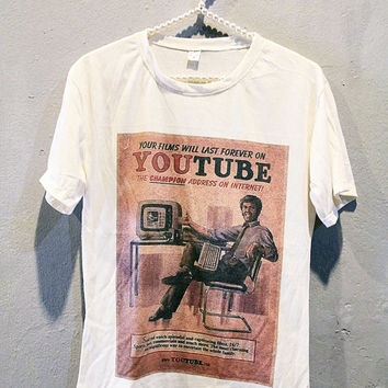 Youtube Vintage Poster Classic Retro T-Shirt Women Girl Off White Shirt Size S