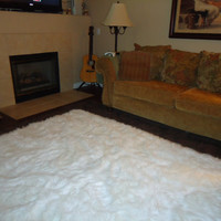 5' x 7  PURE WINTER WHITE soft Faux fur rug non-slip anti microbacterial foam backing for carpet and or wood floor washable Free Shipping