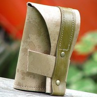 Neo-Politan Tri-fold Leather Wallet -- Mottled Taupe