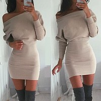 2020 New Women's Single-shoulder Long Sleeve Raised Buttocks Solid Color A-Line Dress