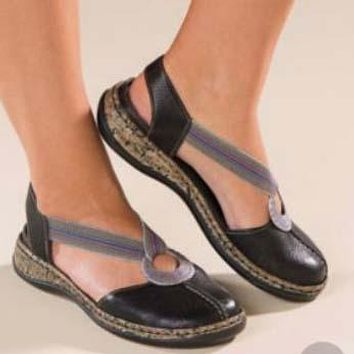 Closed Toe Cute Flat Sandals