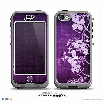 The Dark Purple with Sketched Floral Pattern Skin for the iPhone 5c nüüd LifeProof Case