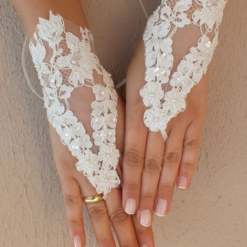 wedding glove, ivory lace glove, gloves, fingerless glove, free ship