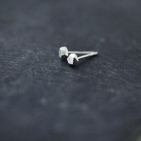 Mini facets diamond-like silver studs