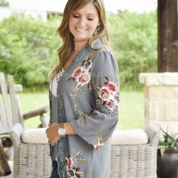 HIDDEN DREAMS FLORAL KIMONO(ONE Large Left!)