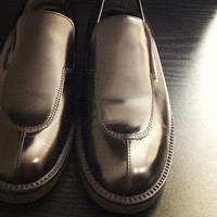 Beautiful Pre-Owned Womens Preppy Black Leather Upper Slip-On Loafer Flat Size 8 Shoe