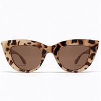 Quay Eyewear Kitti Sunglasses in Milky Tortoise as seen on Lauren Conrad and Gwen Stefani | Boutique To You