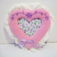 Vintage Giftco Inc Pink Velvet Heart Picture Frame 1984 Taiwan Shabby Chic Home Decor