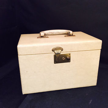 Vintage Train Case With Mirror Tan Congress Luggage Corp 1950's