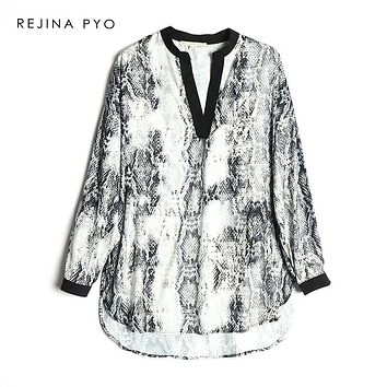 REJINAPYO Women All-match Contrast Color Deep V-neck Snake Printed Loose Shirt Female Casual Blouse Fashion Blusa Plus Size