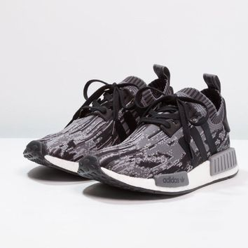 ADIDAS NMD R1 PrimeKnit Camo Core Black Glitch - EU44 2/3 UK10 US10,5