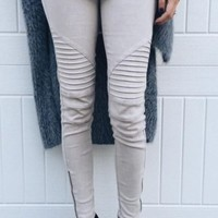 Uptown Moto Leggings - Light Grey