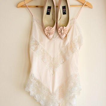 beautiful vintage, light pink, intimate lingerie Onesuit, blush pink colored, see through, 80s lingerie, slip, leotard, lace, size small