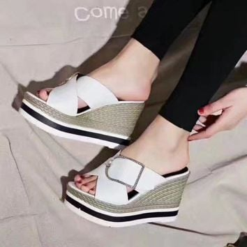 White Hermes Women Trending Fashion Embroidery printing Casual Shoes Flat Sandal Slipper Heels