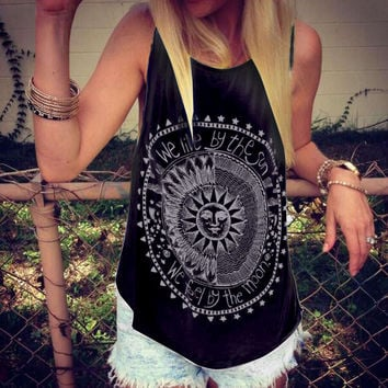 Women Tank Tops Summer 2016 We Live By The Sun Printed Punk Rock Graphic Tees Sleeveless Causal Tops