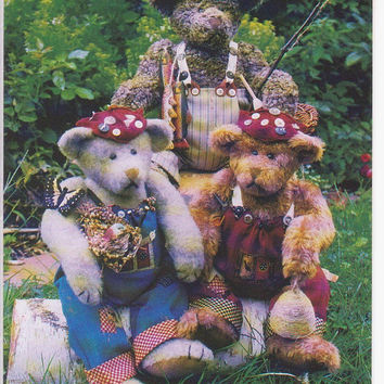 The Nature Bears Bo Josh and Joel 15 and 17 inch fully jointed bear pattern with 3 outfits and outdoor accessories by Country in the City