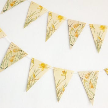 Daffodils bunting, Spring flowers, Paper Garland, eco-friendly banner, paper bunting, Spring wedding pennants, wedding decor
