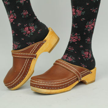 70s - Vintage Simone - Brown Leather & Wood - Platform Clogs - Shoes - 7.5 / 8 - HOLLAND