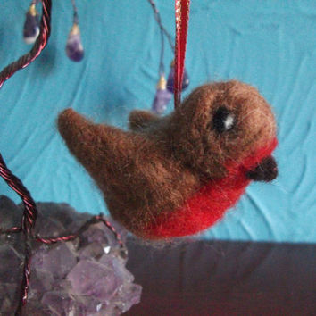 Hanging Needle Felted Robin. Medium Brown Bird, Needle Felted Sculpture, Decoration, Christmas Tree Ornament.