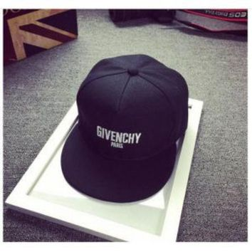 DCCKO03T GIVENCHY MEN'S STAR CAP SUN HAT BASKETBALL HAT
