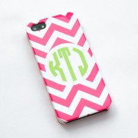 Personalized pink chevron iphone 5 Case, Monogrammed iphone 5 Cover, Hard iphone 5 Case - Monogrammed iphone case