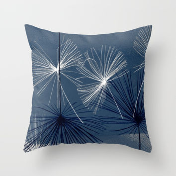 dansez maintenant! Throw Pillow by clemm