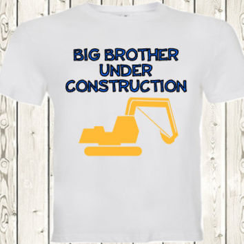 Big brother under construction pregnancy announcement T SHIRT / Onesuit ® brand bodysuit Pregnancy Reveal shirt for big brother, second child