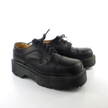 Doc Martens Oxfords Vintage 1990s England Black Leather Platform Shoes UK size 4 US women's size 6
