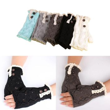 1Pair Fashion Women Winter Knitted Warm Fingerless Gloves Women Lace Button Wrist Soft Mittens Good Christmas Gifts