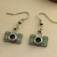 vintage style camera earring by BeautyandLuck on Etsy
