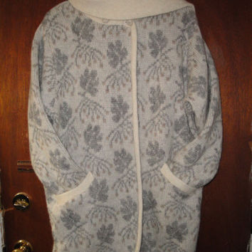 Womens Vintage Floss Iceland Wool Monochromatic Wool Knit Sweater Coat M Medium