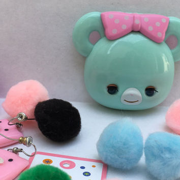 Swimmer Japan compact mirror Little bear that winks her eyes - Light teal with pink bow