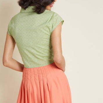 Retro Renewal Collared Blouse in Green