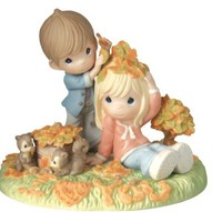 "Precious Moments Figurine, ""True Love Never Leaves The Heart"""
