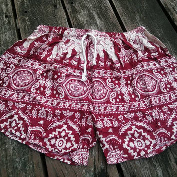 Red Elephant Printed Shorts Unique Beach Summer Hippie Clothing Aztec Ethnic Bohemian Ikat Cute Cloth Women Men Boxers Boho Tribal Pattern