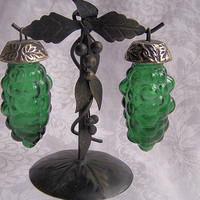 Pair of Vintage Brechner Hanging Grapes Salt and Pepper Shakers