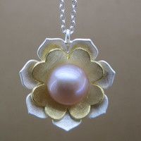 925 Silver With Pearl Sakura Pendant Necklace