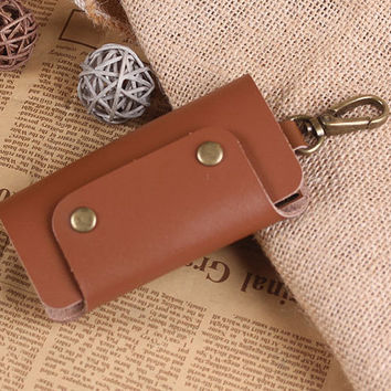 Leather Key Holder - Leather Key Case with Snap Closure - Handmade Leather Keychain - Hand crafted Leather Key Holder
