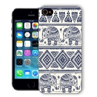 ChiChiC Iphone Case, i phone 5 5s case, Iphone5 Iphone5s covers, plastic cases back cover skin protector,geometric blue ethnic elephant